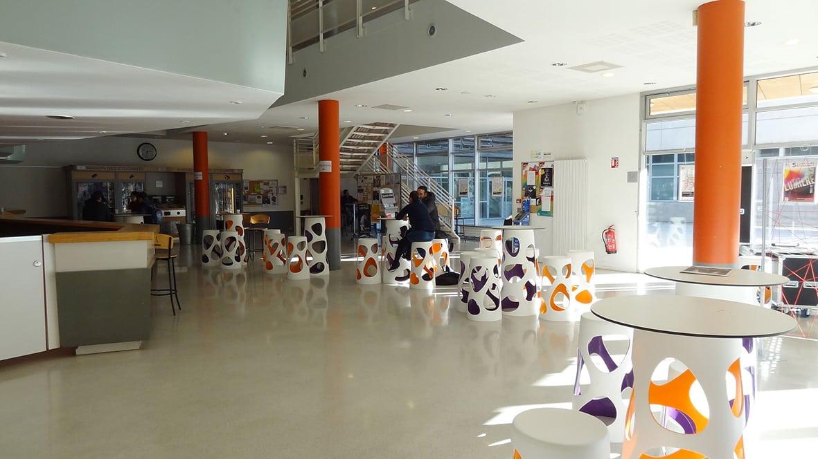 Ateliers, concerts, conférences... la Maison des Étudiants est entièrement dédiée à la vie étudiante et associative du campus